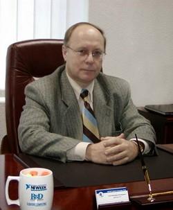 """Генеральный директор """"ХОЛИТ Дэйта Системс"""", Хохлов Ю.В."""